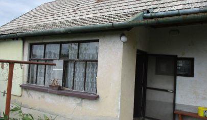 REZERVOVANÉ   IVANKA PRI NITRE 2 izbový dom pozemok 573m2