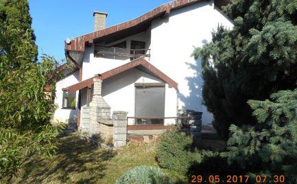 Na predaj 5-medzipodlažný rodinný dom vo Veľkom Ďure