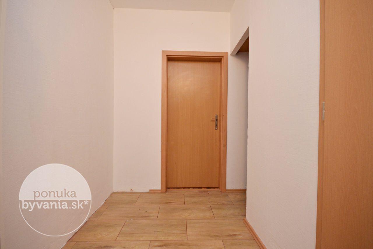 ponukabyvania.sk_Saratovská_1-izbový-byt_HANUSKA