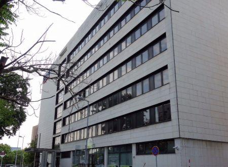 Novozrekonštruované kancelárie, aj malé výmery, 17m2, 20m2, 32m2 a 35m2, Ružinov