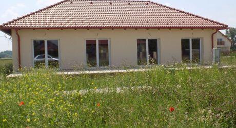 5 izbový rodinný dom 16km od hraníc Feketeerdo
