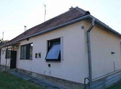 MAXFIN REAL - 3-izbový rodinný dom Zbehy