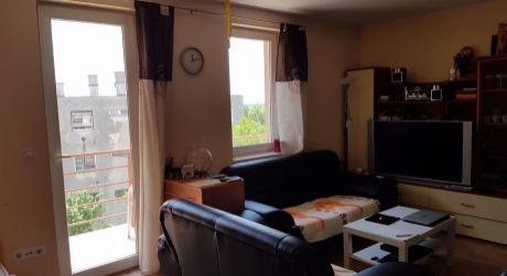 1 - izbový byt 33m2 s balkónom  - Rajka