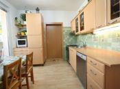 Pekný byt v tichej lokalite pri kúpalisku v Topoľčanoch.
