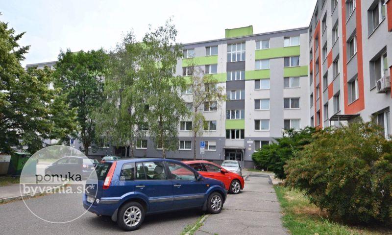 ponukabyvania.sk_Čiližská_3-izbový-byt_archív