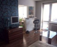 Predaj 2-izbový byt s balkónom v centre mesta