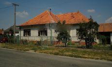 Predaj rodiný dom v obci čab s veľkým pozemkom