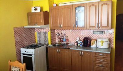 BÁNOVCE NAD BEBRAVOU 2 izbový byt 76 m2, Dubnička