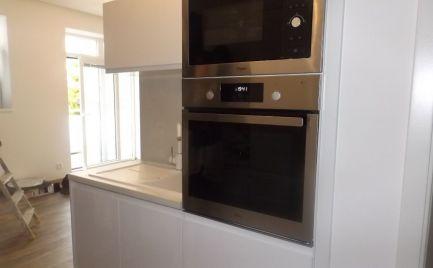 Nový 2 izbový byt, Poprad,centrum, spark.miestom, plne zariadený