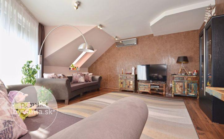 PREDANÉ - DROTÁRSKA CESTA, 4-i byt, 133 m2 – luxusný byt, ŠATNÍK, klimatizácia, vlastné kúrenie, GARÁŽOVÉ státie, krásne výhľady, súkromný areál
