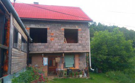 Rodinný dom v obci Rakovnica.