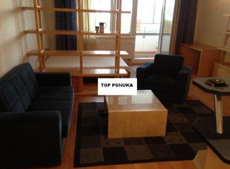 1-izbový priestranný byt, so zariadením, loggiou, blízko centra mesta Bratisalva-Karlova Ves