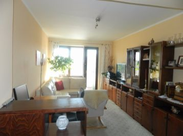 Predáme 3-izbový byt v dobrej lokalite v Seredi