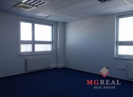 Menšie kancelárie, 25m2, 26m2, 28m2, so zázemím, výborná poloha, Ružinov, Hraničná
