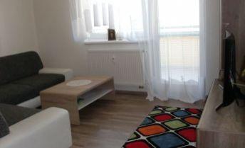 DRK- 3 izbový slnečný byt s balkónom a garážou na predaj