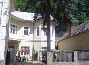 Obytná vila - Penzión v obci Hodruša-Hámre