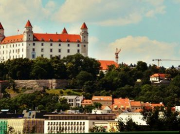 Kúpim garsónku, alebo 1-izbový byt v lokalite Nové Mesto, Petržalka, Dúbravka do 85.000 euro