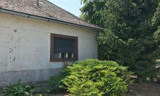 PREDAJ, starší rodinný dom + 10 á pozemok, kúsok od Dunajskej Stredy