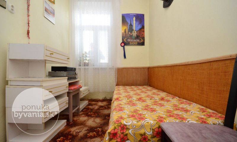 ponukabyvania.sk_Pezinok_2-izbový-byt_archív