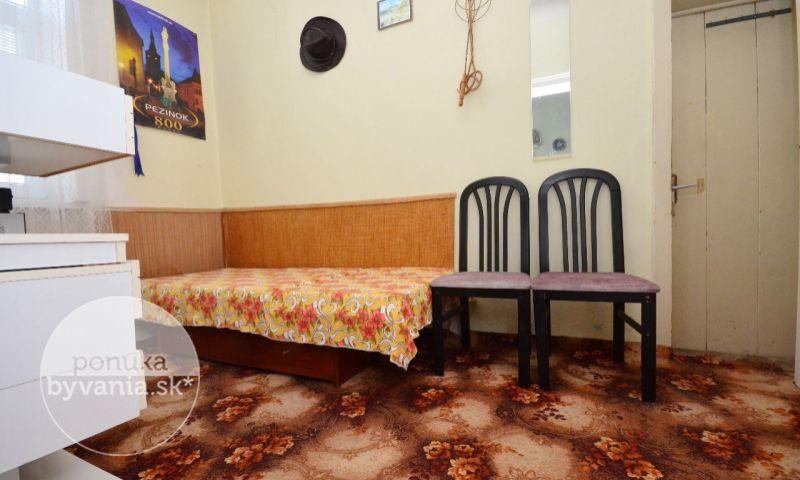 ponukabyvania.sk_Pezinok_2-izbový-byt_LUPTÁK