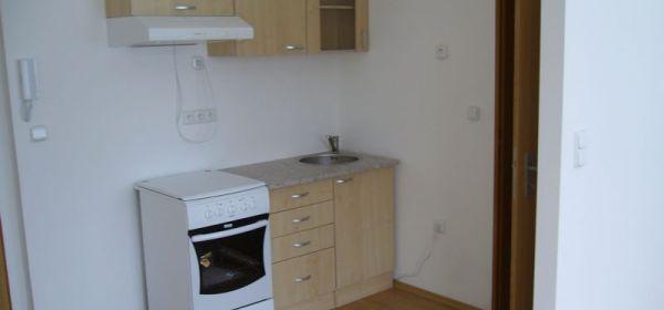 Malacky: Prenájom: 1. izb. byt - nová cena