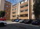Ponúkame na predaj tehlový 4 izb byt 95m2 na Hodálovej ul.  Bratislava Karlová Ves