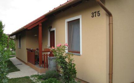 Útulný 4 izb rodinný dom v obci Rohovce
