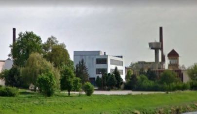 BOŠANY skladová plocha 2080 m2 , alebo parkovacie účely, priemyselný areál
