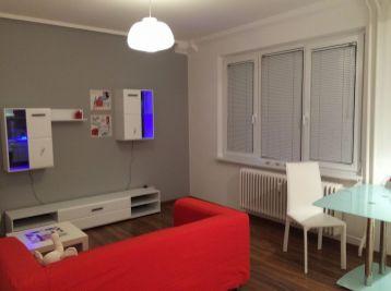 Reality Štefanec /ID-10558/ BA-Ružinov, veľký 1 izb. byt na predaj Sklenárova ul., cena: 104.990,-€