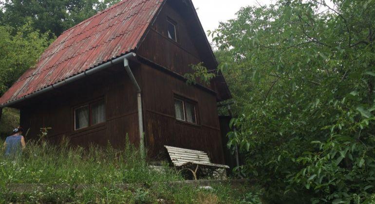 Chatka záhradná záhrada Zamarovce pri Trenčíne