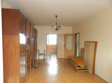 Predáme 3 a pol izbový byt v Galante