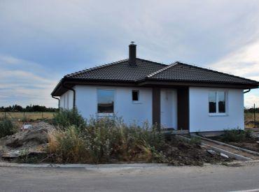 Moderný bungalov v tichej lokalite