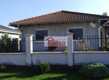 Reality Štefanec /ID-10559/ Kralovičove Kračany, okr.GA, časť Šipošovské Kračany. Predaj 4 iz. RD domu na 500 m2 pozemku s garážou. Cena 105.000,-€