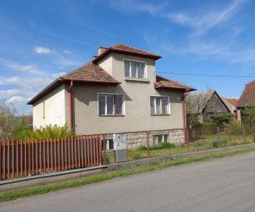 REZERVOVANÝ! Rodinný dom v Ľubeli na predaj