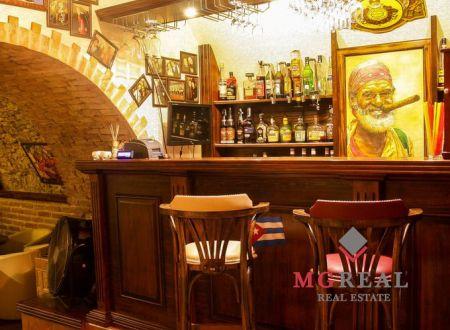 Reštaurácie a pub v centre Topoľčian na odstúpenie