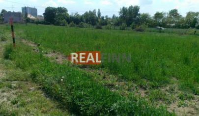 REALFINN PREDAJ - stavebný pozemok v dobrej lokalite, Nové Zámky, širšie centrum