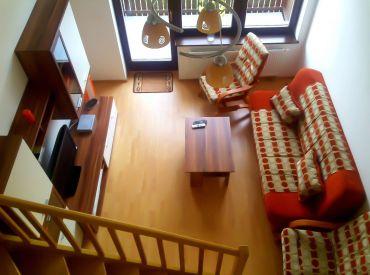 Na predaj 3-izbový mezonet s balkónom, 64 m², Veľká Lomnica