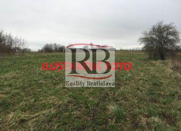 Komerčný pozemok na predaj - 38000 m2, Lozorno