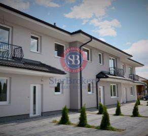 PREDAJ 5 izbového domu radovej zástavbe 3 domov v Dunajskej Lužnej.