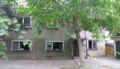 PREDANÉ: Starší rodinný dom v Bratislave, m.č. Vrakuňa