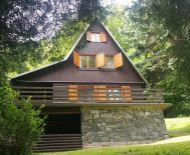 Predaj, trojpodlažná chata s výhľadom na Zvolenskú priehradu