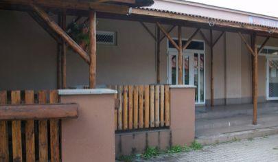 VALASKÁ BELÁ reštaurácia, pozemok 586 m2, okr. Prievidza