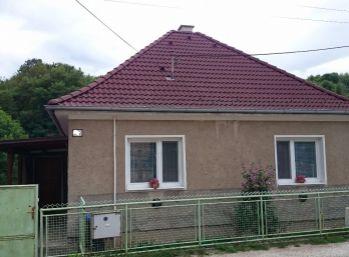 Rodinný dom 3 izbový v obci HUBINA, 12 km od Piešťan