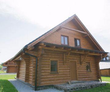 Zrubová chata na brehu Liptovskej Mary - Liptovský Trnovec