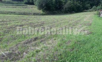 Ponúkame na predaj 2 pozemky o  celkovej výmere 2426 m2.- Terchová