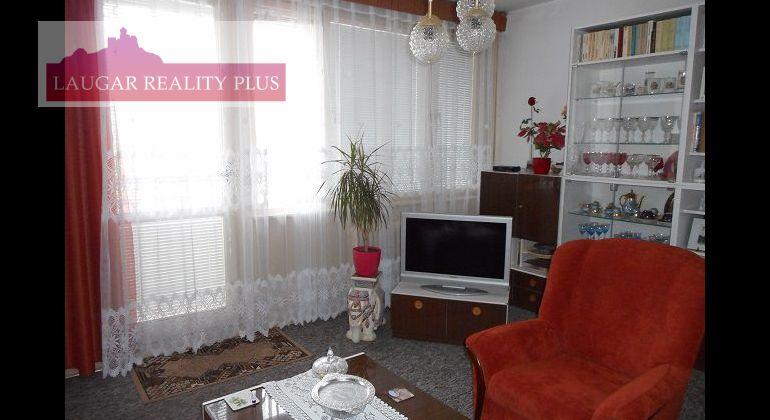 Rezervované - Šafárikova, rekonštr. 3-izb. byt, 73 m2