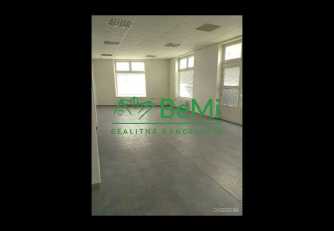 Na prenájom priestor na prízemí 120 m2 Banská Bystrica (ID-083-25-ZUS)