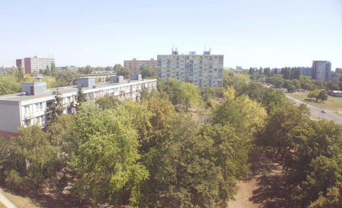 PREDAJ, 2 izbový byt, Komárnická, BRATISLAVA II. - Ružinov