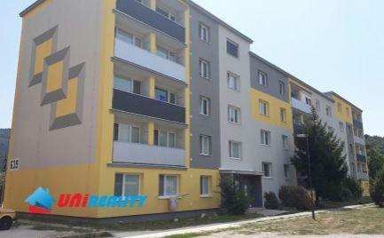 PARTIZÁNSKE – 2 – izb. byt / ul. Februárova / širšie centrum mesta / BALKÓN