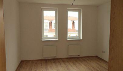 PARTIZÁNSKE  2 izbový byt, výmera 51m2, 3 poschodie/  H4